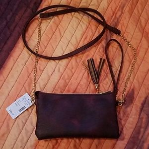 NWT Maurices Maroon Faux Leather Wristlet